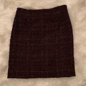 *NWOT* Amanda & Chelsea- tweed maroon skirt